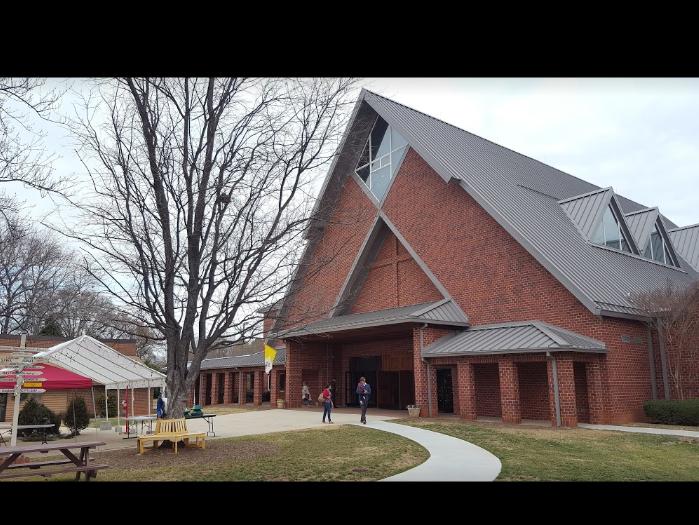 St. Thomas Aquinas Roman Catholic Church
